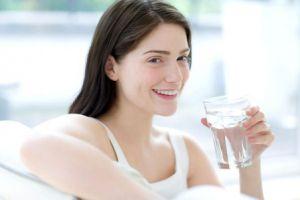 Giảm cân dễ dàng nhờ uống nước đúng cách